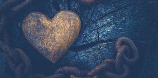 Inima eliberata din lanturi, liberul arbitru, dragoste