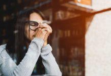 Fata care se roaga